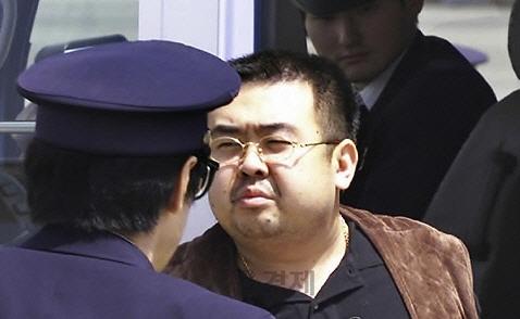 """WSJ """"김정남, 한국 정보당국과도 접촉했었다"""""""