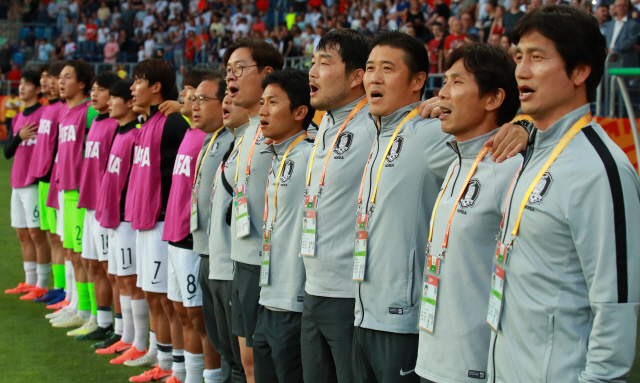 [U-20 월드컵] 팀보다 위대한 선수 없다…리틀 태극전사 신화창조 '용'틀임