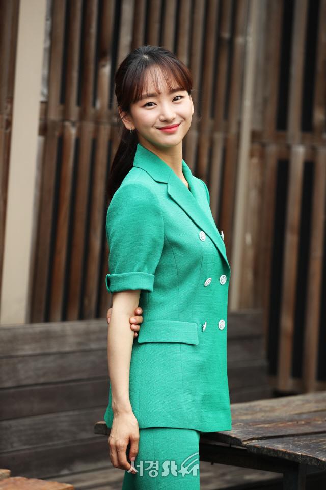 원진아, 싱그러운 매력 발산 (인터뷰 포토)