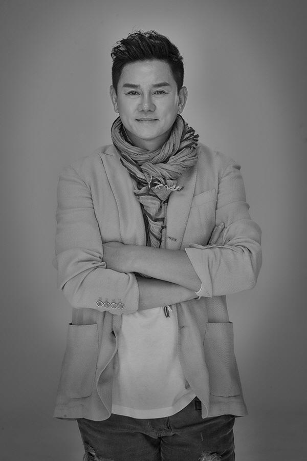 가수 김충훈, 4년 만의 신곡 '나이가 든다는게 화가나' 발매