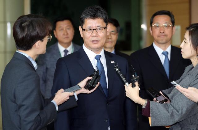 김연철 '별도 대북식량지원 검토'...文 오슬로 구상 측면지원