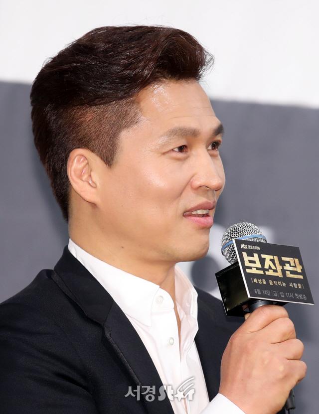 곽정환 감독, 훈한한 외모 (보좌관 제작발표회)