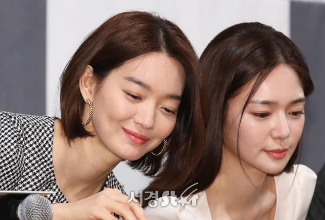 신민아-이엘리야, 꽃미모의 두 여배우들 (보좌관 제작발표회)