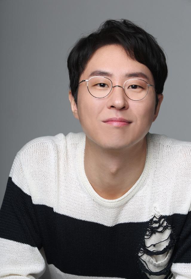 [공식] 이현균, 영화 '비스트' 합류..이성민과 호흡 '긴장감 더한다'