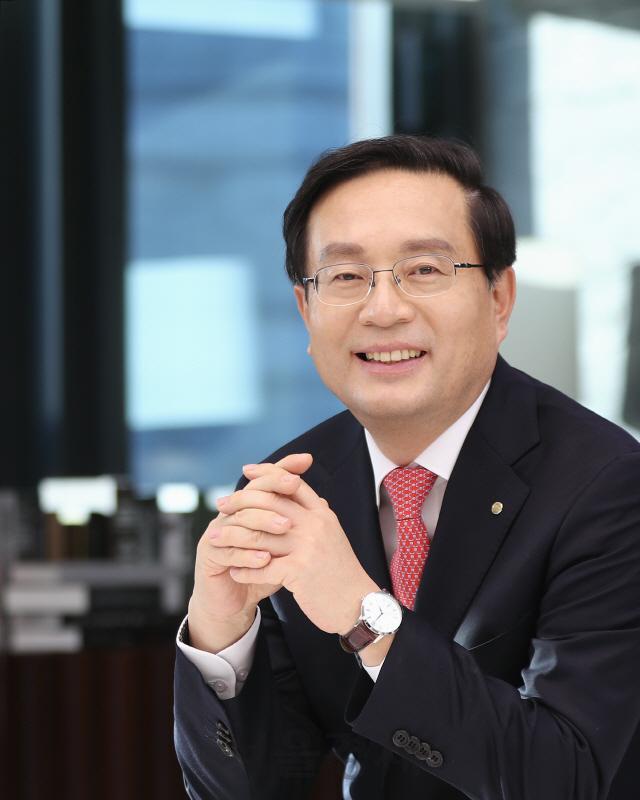 손태승 '혁신기업에 33조 지원'