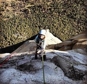 10살 소녀가 최대 암벽 난코스 등반…어른스러운 소감 화제