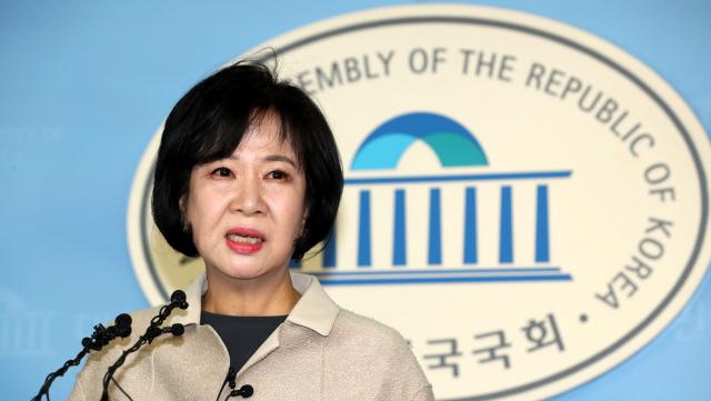 [檢, 孫 불구속 기소] 한국 '국정조사 실시' vs 민주 '개인차원 문제'