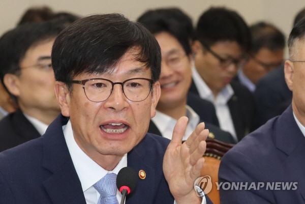 '사회적 부담' 토로한 이해진에 김상조 '포용사회 선도해달라'