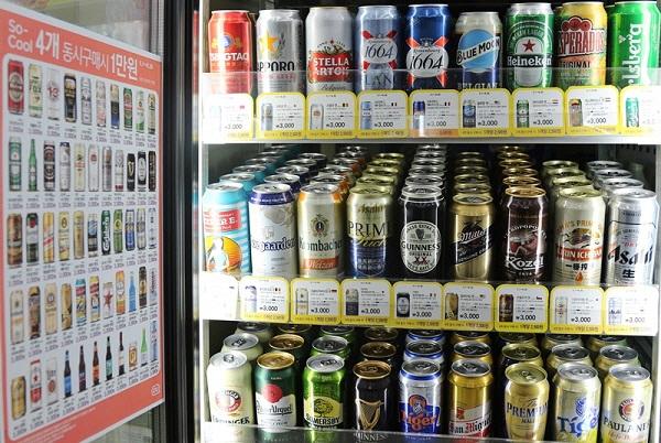 편의점 수입맥주 선호도 지각변동…'중국 맥주 강세'