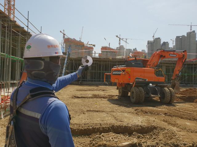 중금속 줄인 시멘트·항균 황토덕트…친환경건축 이끈다