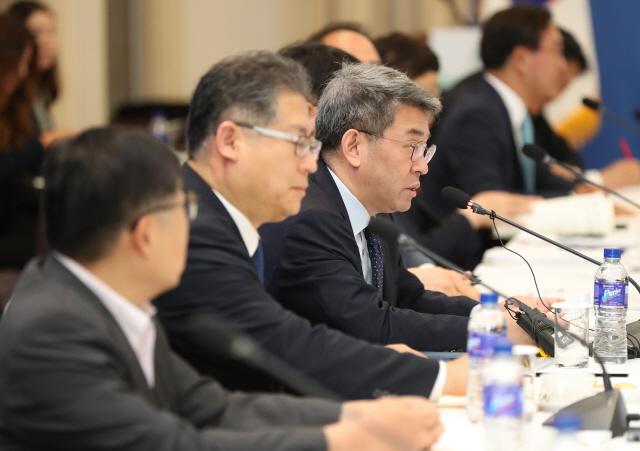 '북방국가와 첨단인프라 협력 늘려, 3년내 건설수주 150억달러 달성'
