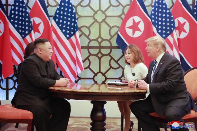 트럼프 '김정은과 짧게 만난다'...DMZ 북미정상 회동 유력