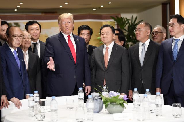 '美 일자리 창출 기여 감사드린다'...韓기업 치켜세운 트럼프