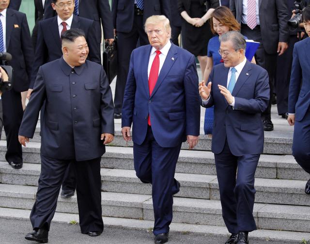 트럼프 '2∼3주 내 협상 재개'…비핵화시계 다시 돈다