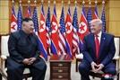 """NYT """"트럼프, 北핵동결 구상""""...김정은, 핵보유국 인정받나"""