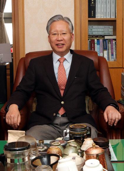 '양승태 사법부 강제징용 판결 보류, 朴정부에 외교적 해법 시간 벌어준 것'