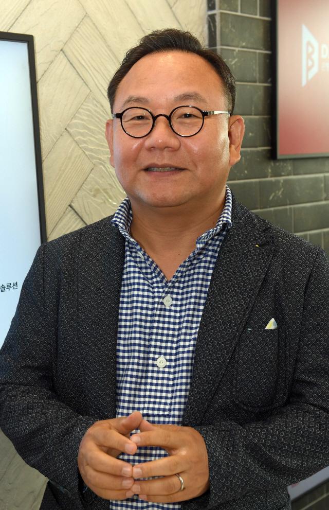 [CEO&STORY] '투자만으론 유니콘 못만들어...시장·소비자 연결 주력해야'