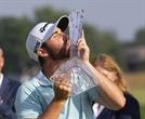 프로데뷔 한달…변칙스윙으로 'PGA 우승 동화' 쓴 울프