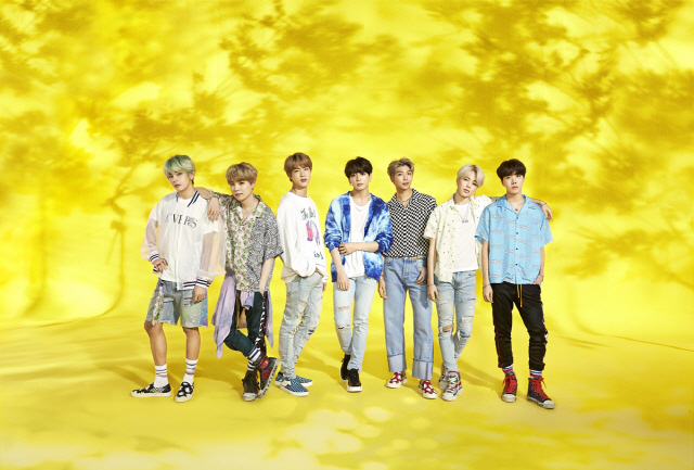 방탄소년단 日 싱글 'Lights/Boy With Luv', 오리콘 주간 합산 싱글 차트 1위