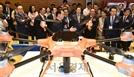 재난치안용 드론 살펴보는 유영민 장관