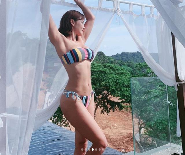 미나 '20대보다 월등한 몸매' S라인 비키니에 폭발하는 섹시美