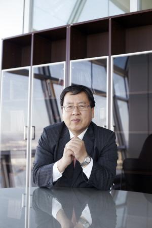 [시론] 한국서 기승 부리는 '이단의 경제학'