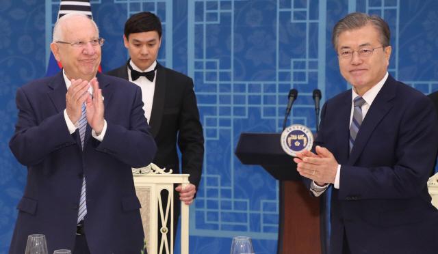 한·이스라엘 정상회담…文 'FTA 조기 타결시 경제협력 확대될 것'