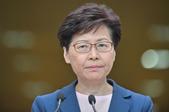 [백브리핑] 中 지도부, 홍콩 행정장관 사퇴 의사 수용 안 했다