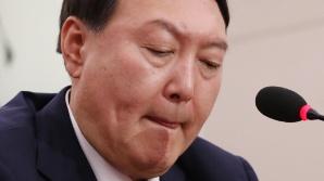 """靑, 윤석열 임명 강행…野 """"최악의 불통 대통령"""""""