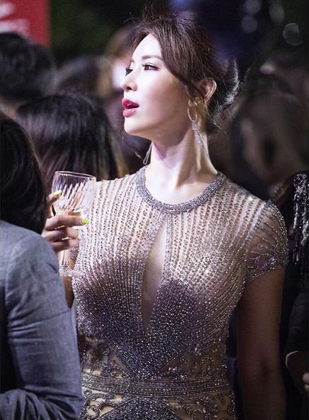 정선아, '라이온 킹' 상영 중 '인증샷'…영화관 비매너에 네티즌 비난 '폭주'