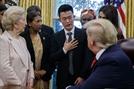 트럼프, 1년 반만에 탈북자 백악관에 초청한 까닭은?