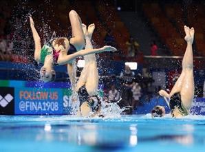 대회 마지막 종목서 결선 티켓…아티스틱 수영도 '대~한민국'