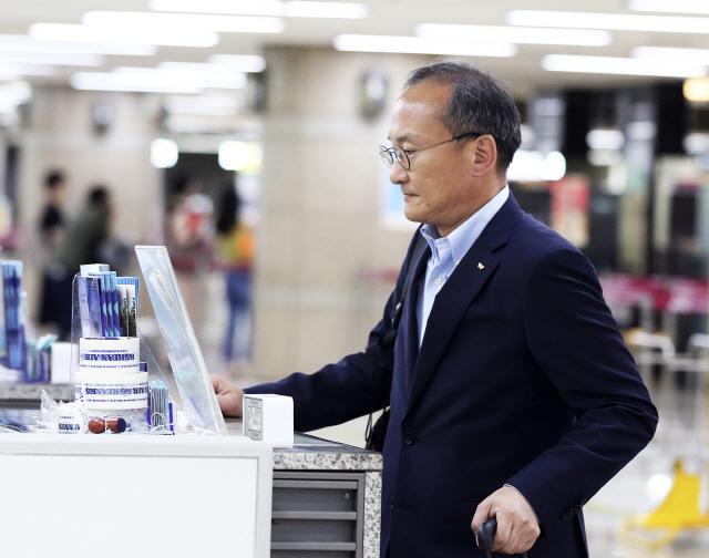 이석희 SK하이닉스 대표 일본으로...반도체 소재 수급 논의