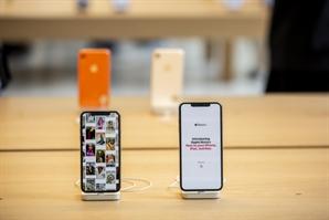 애플, 인텔 스마트폰 모뎀 사업 인수 협상 진전...이르면 내주 성사