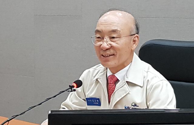 차기 靑 민정수석 유력 김조원...文과 비박하는 '등산친구'