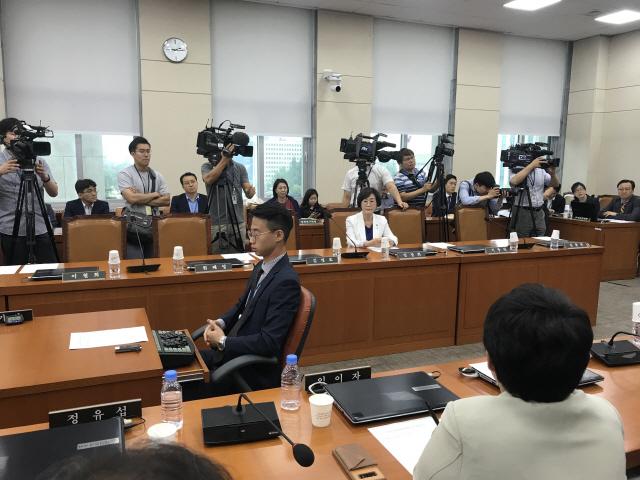 """정개특위 민주당 지각에...장제원 """"패트 태웠으니 안 오겠다는 건가"""""""