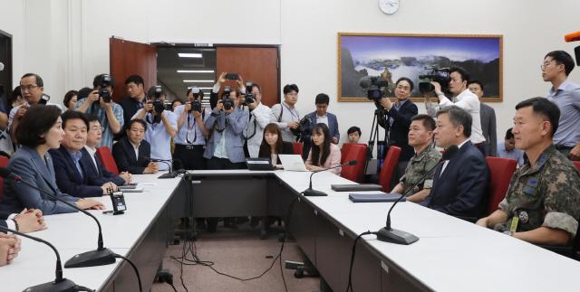 [여의도 만화경] 추경 분석도 못내놔…한국당의 푸념