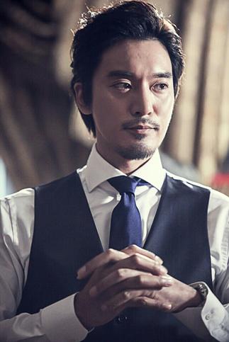 [공식]  배우 김민준, '모던 패밀리' 합류