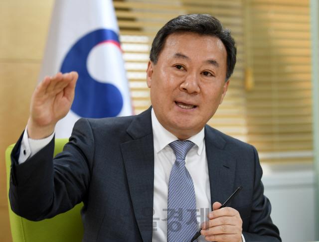 인사처 '적극행정 지원위원회'로 '복지부동' 공무원 문화 바꾼다