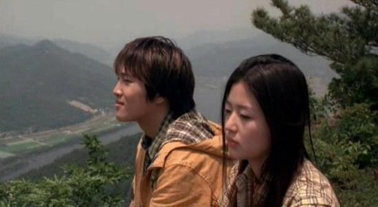 [나윤석의 영화 속 그곳] 2년 뒤 만남을 기약하며...소나무 아래에 묻은 사랑