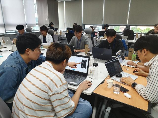 '파운더스 2019 SUMMER X SK C&C 인싸잇' 교육·멘토링 이어 블록체인 해커톤 개최