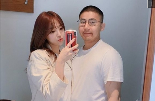 '사진 속 인물 휴가 간 철구 맞다'…육군, '원정도박 목격담' 공식 확인(종합)