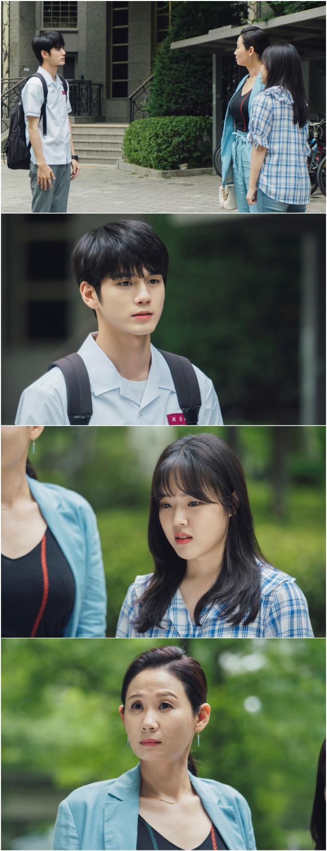 '열여덟의 순간' 옹성우·김향기·김선영, '아슬아슬' 삼자대면 포착