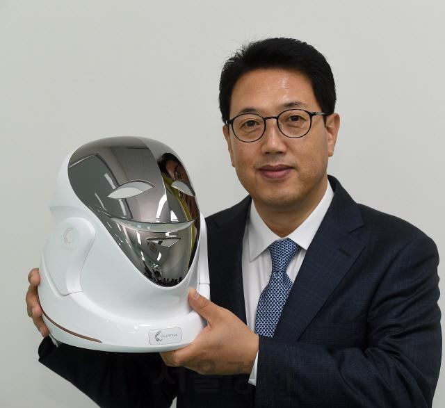 [CEO&STORY]김일수 셀리턴 대표 '탈모 겪다 LED마스크 개발…26개 임상효과 증명했죠'