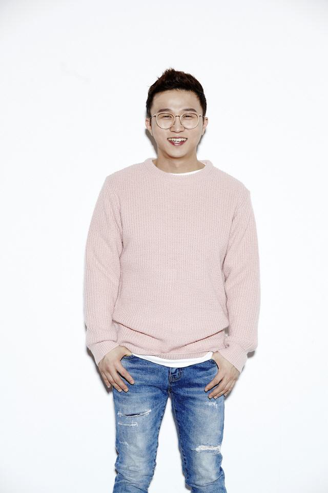 개그맨 박성광, 둥글개 봉사단에 월 백만원 기부