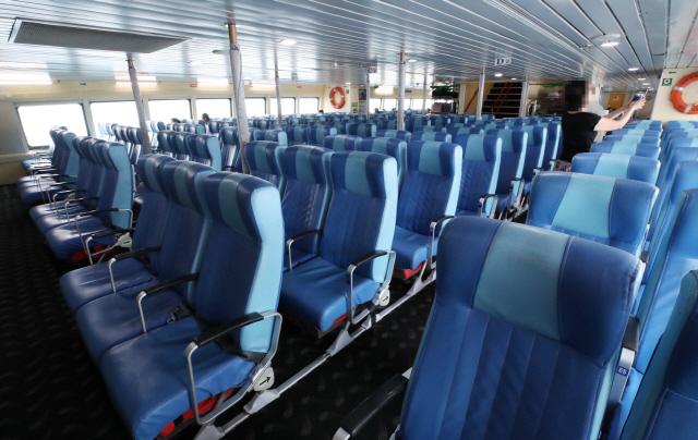 '한국 여행객 80% 줄면 日성장률 0.1%P 떨어질 것'