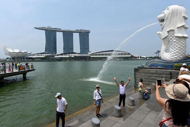 무역전쟁 여파에 싱가포르 2분기 성장률 하락…경기침체 가능성도