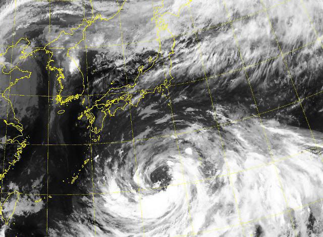 강한 태풍 '크로사' 광복절에 일본 강타…'강원·동해안에 많은 비'(종합)