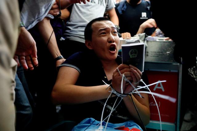 중국군 '선전서 홍콩까지 10분' 무력 투입 경고