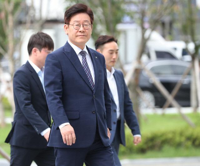 이재명 '최선을 다하겠다'…검찰은 2심서도 '징역 1년6월' 구형(종합)